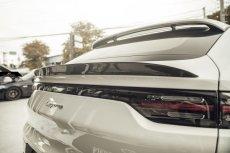 画像4:  PORSCHE ポルシェ Cayenne カイエン Coupe クーペ 9Y0 GT リアスポイラー 本物DryCarbon ドライカーボン (4)